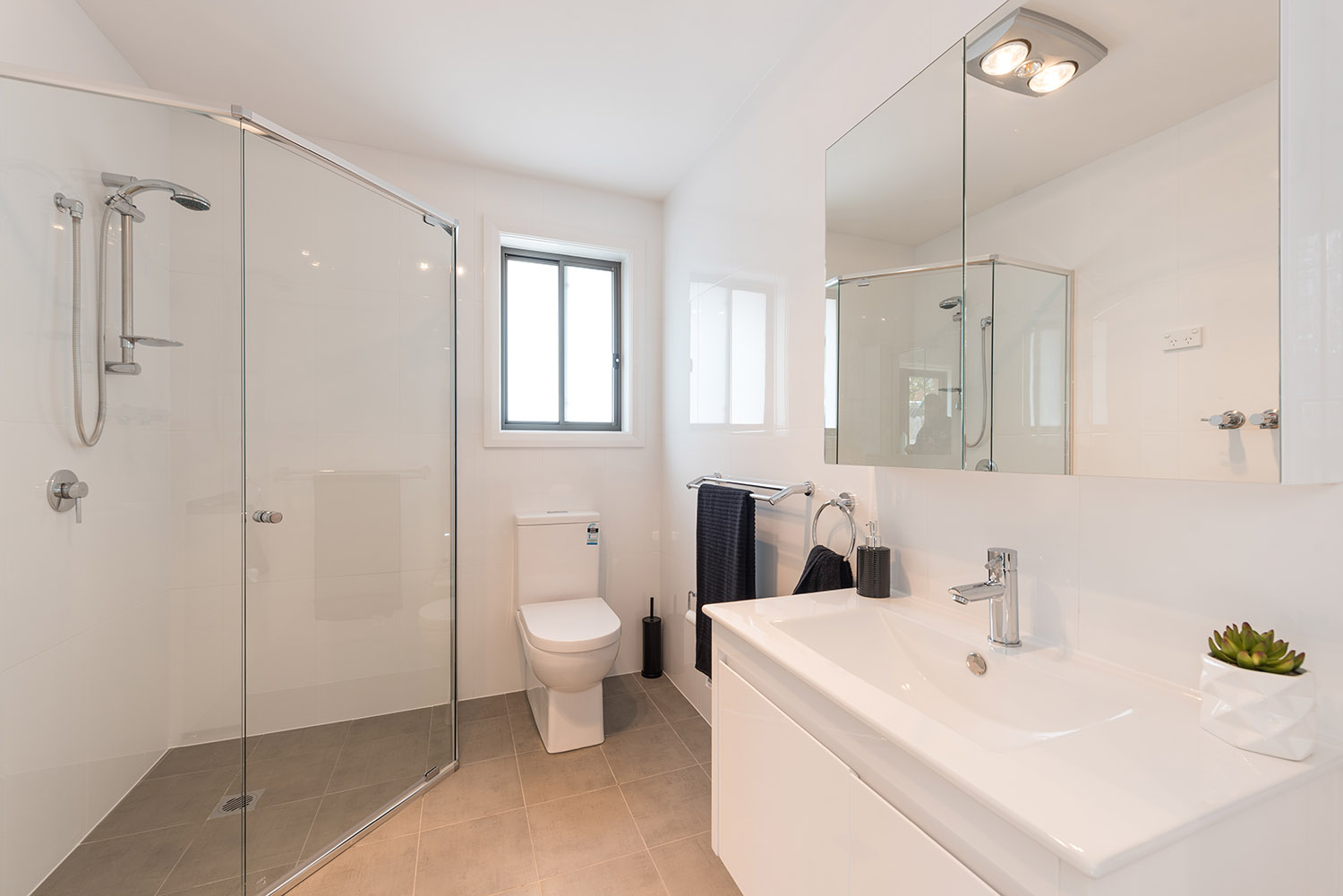 How to make your granny flat bathroom look bigger - How to design a small bathroom ...